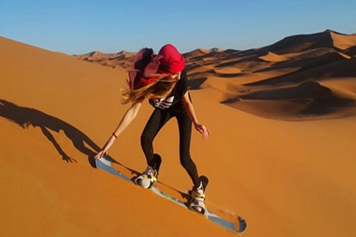 ifri-tours-sand-boarding
